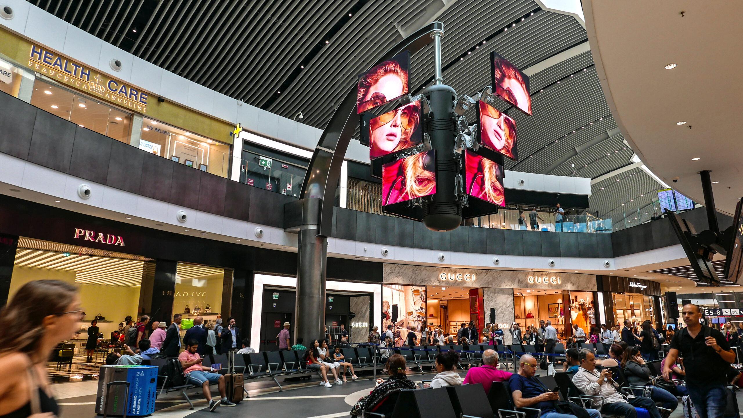 il più iconico impianto pubblicitario dell'aeroporto di Roma